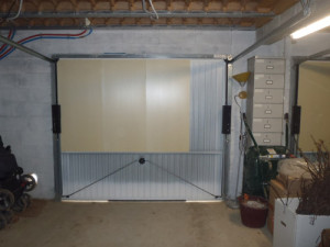 chatiere porte garage metallique infini photo. Black Bedroom Furniture Sets. Home Design Ideas