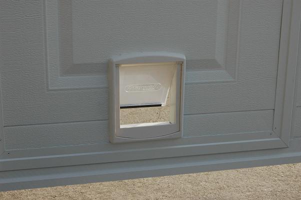 comment poser une chati re sur une porte en bois infini photo. Black Bedroom Furniture Sets. Home Design Ideas